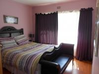 Bed Room 1 - 14 square meters of property in Birchleigh North