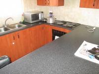 Kitchen - 8 square meters of property in Strubensvallei