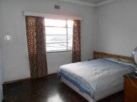Main Bedroom - 18 square meters of property in Turffontein