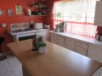 Kitchen - 31 square meters of property in Eikenhof