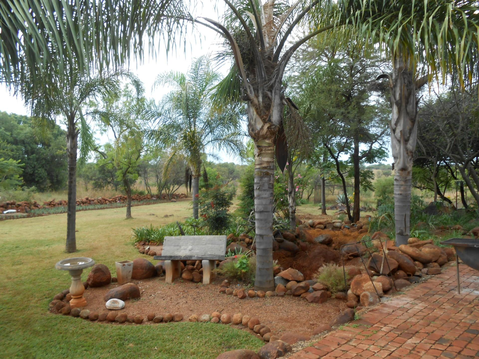 4 bedroom house for sale for sale in zeekoegat private for Landscaping rocks for sale johannesburg