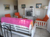 Lounges - 73 square meters of property in Mossel Bay