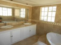 Main Bathroom - 13 square meters of property in Equestria
