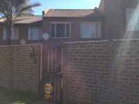 3 Bedroom 2 Bathroom in Sophiatown