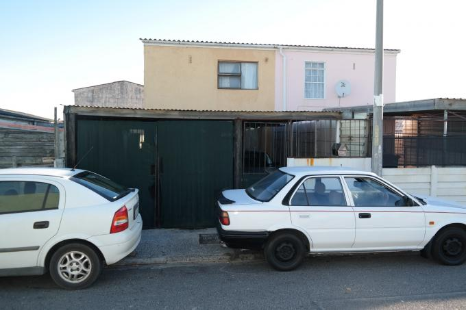 Standard Bank EasySell 3 Bedroom House for Sale For Sale in Mitchells Plain - MR109622