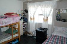 Bed Room 2 - 14 square meters of property in Mitchells Plain