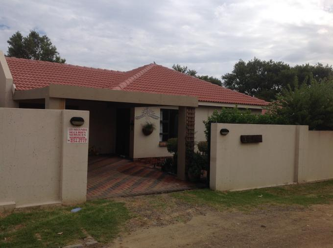 2 Bedroom House for Sale For Sale in Secunda - Home Sell - MR109668