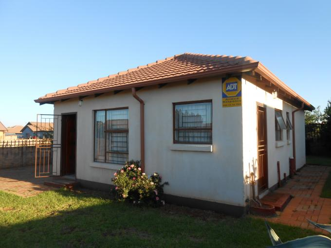 2 Bedroom House for Sale For Sale in The Orchards - Private Sale - MR109682