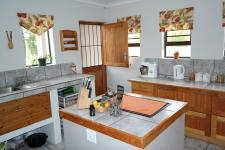 Kitchen - 20 square meters of property in Piketberg