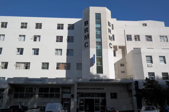 2 Bedroom Apartment for Sale For Sale in Wynberg - CPT - Private Sale - MR109834