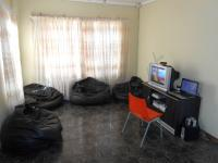 Lounges - 14 square meters of property in Bloemfontein