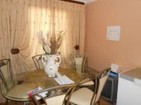 Dining Room - 9 square meters of property in Karenpark