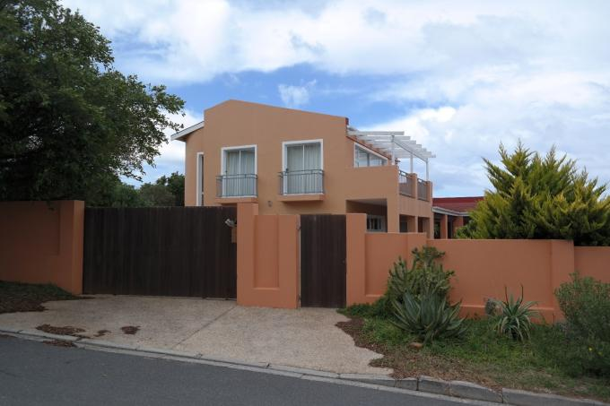 Standard Bank EasySell 5 Bedroom House for Sale For Sale in Noordhoek - MR110015