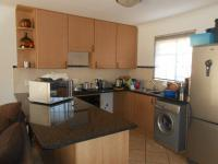Kitchen - 17 square meters of property in Theresapark
