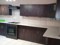 Kitchen - 8 square meters of property in Dorandia