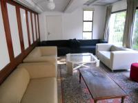 Lounges - 69 square meters of property in Walmer