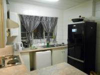 Kitchen - 6 square meters of property in Magalieskruin