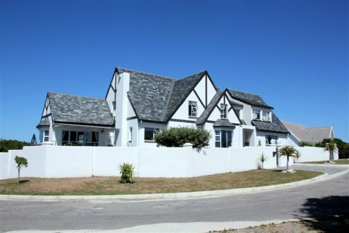 4 Bedroom House for Sale For Sale in St Francis Bay - Private Sale - MR110214