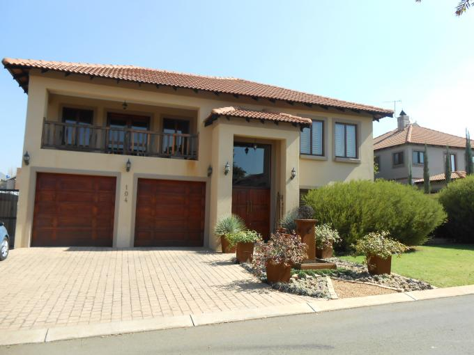 4 Bedroom House For Sale in Rietvalleirand - Private Sale - MR110234