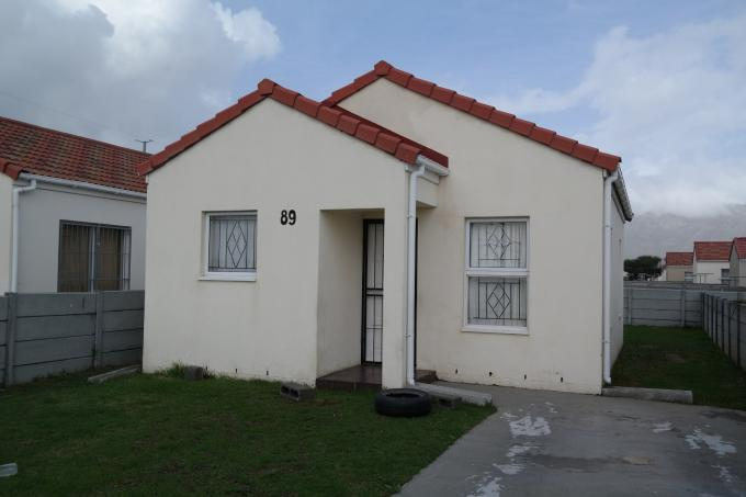 Standard Bank EasySell 2 Bedroom House for Sale For Sale in Strand - MR110249
