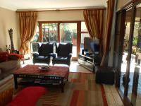 Lounges - 39 square meters of property in Bronberg