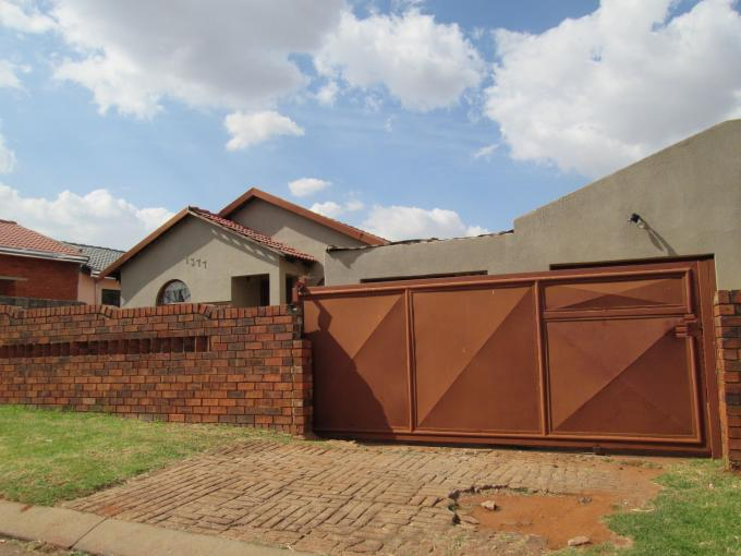 Standard Bank EasySell 2 Bedroom House for Sale For Sale in Vosloorus - MR110268
