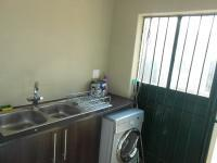 Kitchen - 31 square meters of property in Rietfontein