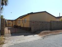4 Bedroom 2 Bathroom Cluster for Sale for sale in Sophiatown