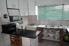 Kitchen - 14 square meters of property in Matroosfontein