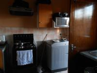 Kitchen - 14 square meters of property in Ennerdale