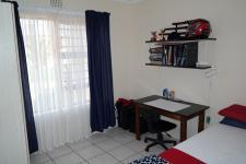 Bed Room 2 - 10 square meters of property in Vredenburg