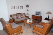Lounges - 20 square meters of property in Vredenburg