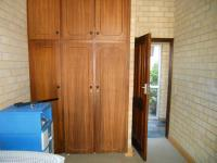 Bed Room 2 - 36 square meters of property in Port Elizabeth Central