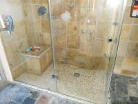 Main Bathroom - 7 square meters of property in Port Elizabeth Central