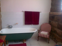 Main Bathroom of property in Paul Roux