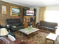 Lounges - 38 square meters of property in Silverton