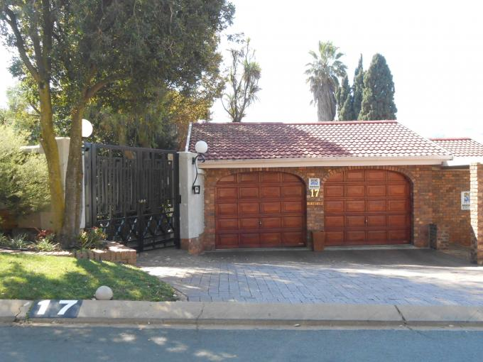 Standard Bank EasySell 3 Bedroom House for Sale For Sale in Glenvista - MR110438
