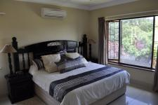 Main Bedroom - 17 square meters of property in Ballito
