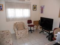 Rooms - 22 square meters of property in Reservior Hills