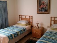 Bed Room 2 - 18 square meters of property in Bronkhorstspruit