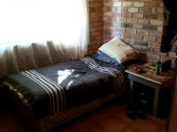 Bed Room 1 - 9 square meters of property in Booysens