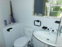 Bathroom 3+ - 3 square meters of property in Glen Austin A.H.