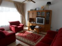 Lounges - 33 square meters of property in Springs