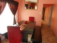 Dining Room - 7 square meters of property in Rosslyn