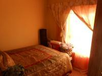 Bed Room 1 - 7 square meters of property in Rosslyn
