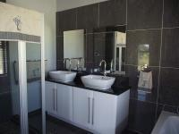 Bathroom 1 - 8 square meters of property in Phalaborwa