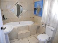 Main Bathroom - 7 square meters of property in Margate