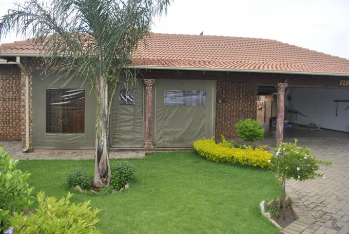 Absa Bank Trust Property 3 Bedroom Sectional Title For Sale in Aerorand - MP - MR110624