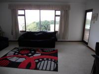 Lounges - 28 square meters of property in Port Shepstone