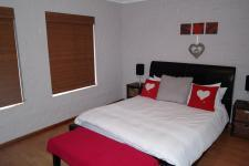 Main Bedroom - 18 square meters of property in Malmesbury